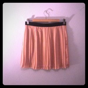 Forever 21 baby-pink pleated skirt! (NWOT)